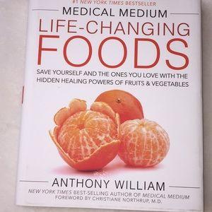 Medical Medium Life-changing foods book. N…